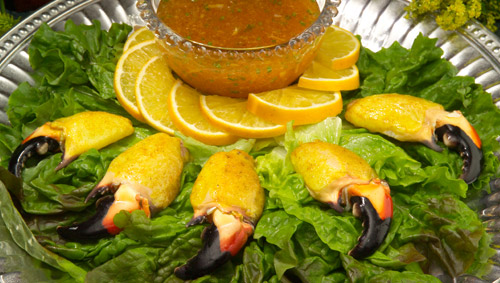 Curried Stone Crab Claws with Hot Marmalade Sauce